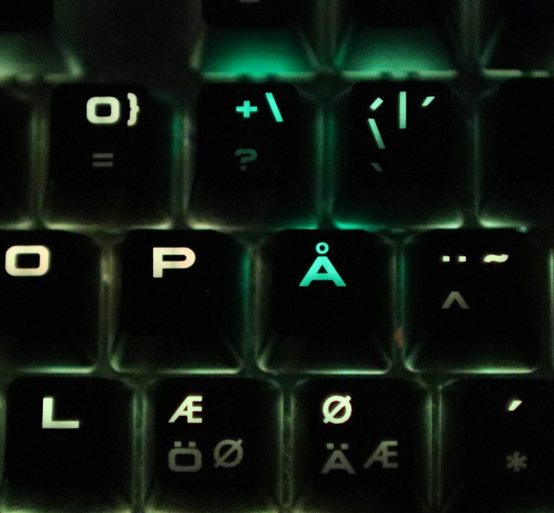 Keyboard Miscoloring – Just how does this Bug Happen? – Observations